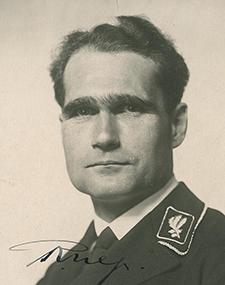 Rudolf Hess – Adjoint du Führer – Chef de la chancellerie du parti.