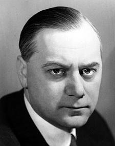 Alfred Rosenberg – Théoricien du nazisme – Ministre du Reich aux Territoires occupés de l'Est.