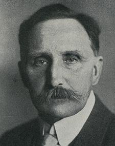 Dietrich Eckart – Fondateur du DAP (Parti ouvrier allemand) – Théoricien du racisme.